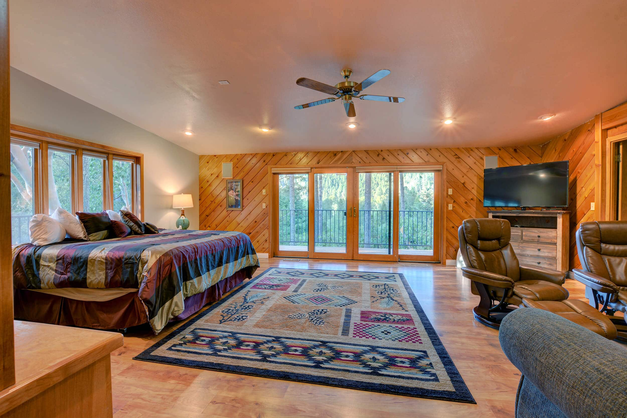 The Treetops House Master Bedroom